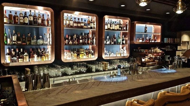 amber athens bar