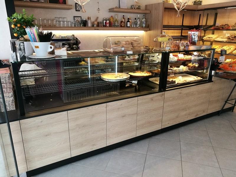 stefanos bakery vitrines artopoieiou 1