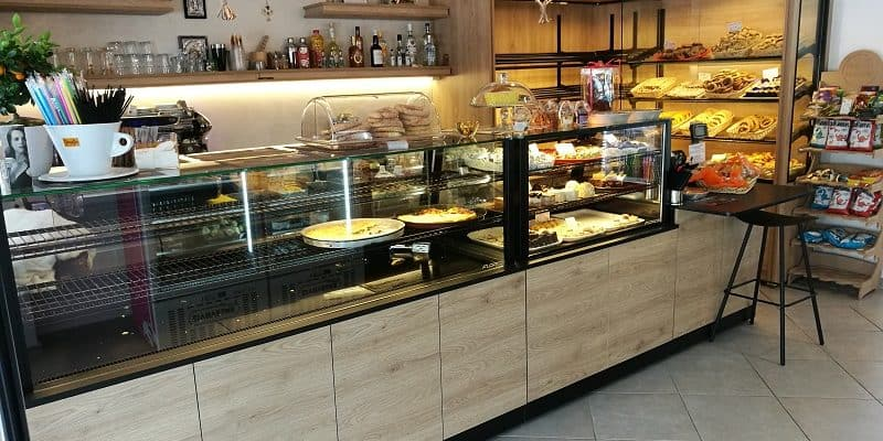 stefanos bakery vitrines artopoieiou 3 800x400 1